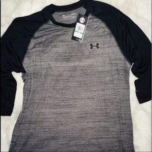 "Under Armour Blk/Steel 3/4"" Sleeves Active Gear LG"